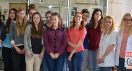 W liceum uczą się podstaw kosmetologii
