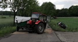Niebezpieczny wypadek z udziałem ciągnika i BMW