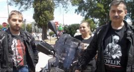 Motocyklowa rodzina przyjechała uczcić
