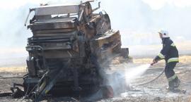 Pożar w Kłoczewie. Kilka zastępów straży pożarnej gasi płomienie [Zdjęcia]