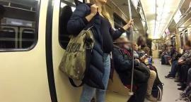 Czy Polacy ustępują miejsca ciężarnym kobietom w komunikacji miejskiej? SPRAWDŹ