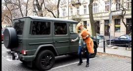 Rusin i Kraśko zachwycają się samochodem Martyny Wojciechowskiej