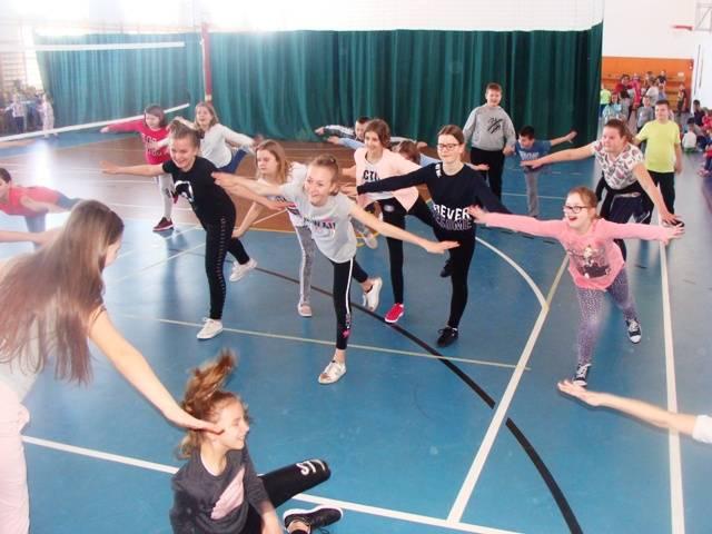Sport szkolny, Tydzień zdrowie Krzynowłodze Małej - zdjęcie, fotografia