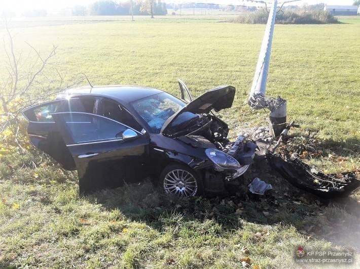 Wypadki drogowe, Wypadek samochodów osobowych miejscowości Czaplice Furmany - zdjęcie, fotografia