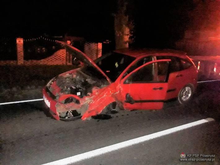 Wypadki drogowe, Wypadek trzech samochodów osobowych miejscowości Klewki - zdjęcie, fotografia