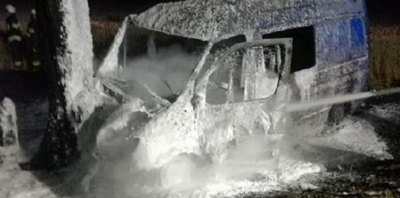 Wypadki drogowe, Poważny wypadek trasie Karniewo Przasnysz Spłonął - zdjęcie, fotografia