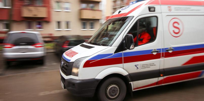 Wypadki drogowe, Poważny wypadek Krzynowłodze Małej Cztery osoby poszkodowane [Zdjęcia] - zdjęcie, fotografia