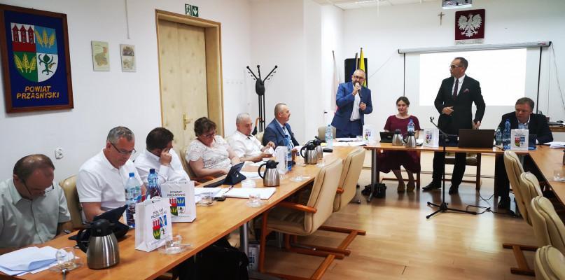 Starosta i Powiat, Zarząd Powiatu Przasnyskiego stuprocentowym poparciem Powiatu - zdjęcie, fotografia