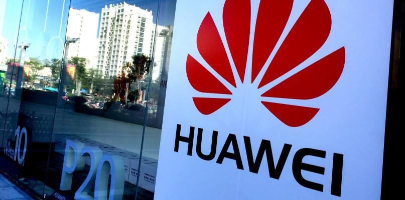 , Google blokuje Huawei wielka polityka - zdjęcie, fotografia
