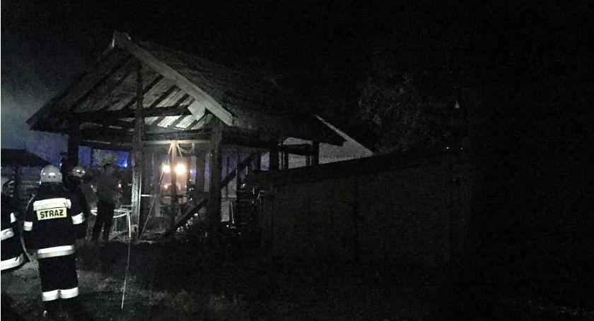 Pożary - Straż , Pożar całkowicie strawił budynek gospodarczy gminie Jednorożec - zdjęcie, fotografia
