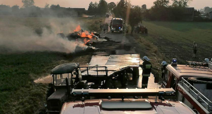Pożary - Straż , Pożar gminie Czernice Borowe Spłonęło przyczepy - zdjęcie, fotografia