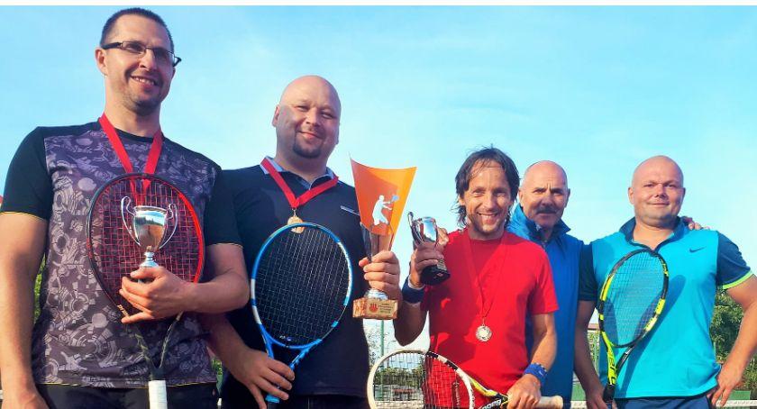 Zawody Sportowe, Krzysztof Mendalka Mistrzem Przasnysza tenisie ziemnym - zdjęcie, fotografia