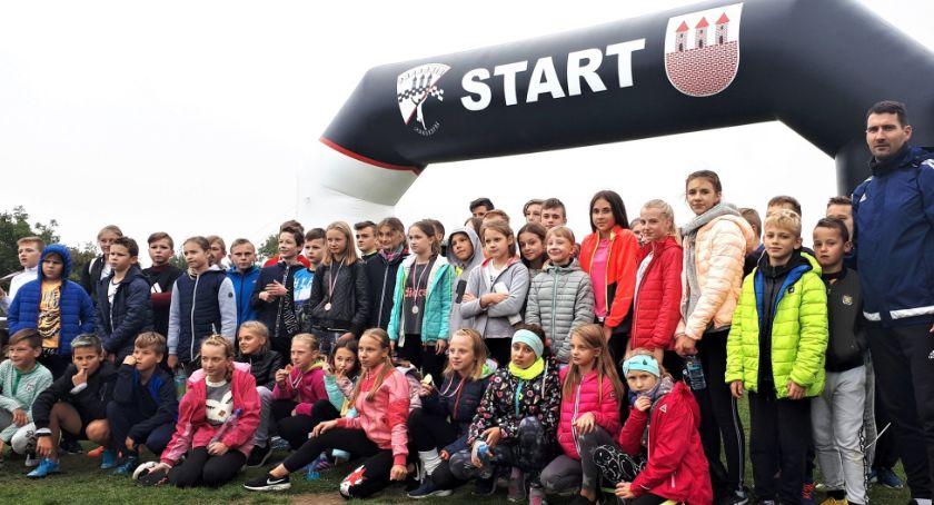 Sport szkolny, Mistrzostwa Przasnysza Biegach Przełajowych Szkół Podstawowych - zdjęcie, fotografia