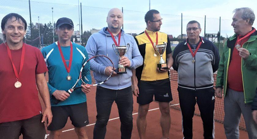 Zawody Sportowe, Ponownie Mistrzami Przasnysza deblowej - zdjęcie, fotografia