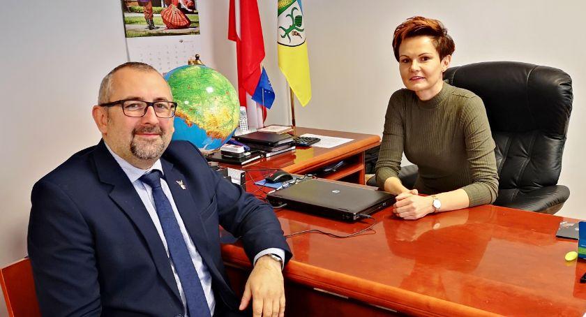 Charytatywne akcje, powiatu Zmiana fotelu starosty przasnyskiego - zdjęcie, fotografia