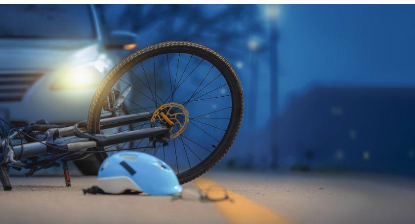 Wypadki drogowe, Śmiertelne potrącenie rowerzysty gminie Krasne - zdjęcie, fotografia