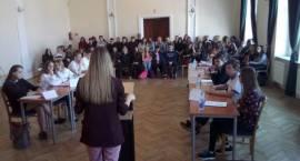 Kolejna debata oksfordzka w murach przasnyskiego Liceum