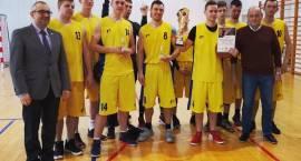 MOSiR Ciechanów triumfuje w turnieju koszykówki o puchar starosty przasnyskiego