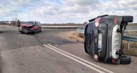 Wypadek dwóch samochodów osobowych w miejscowości Wężewo