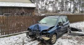 Wypadek samochodu osobowego w miejscowości Zaręby