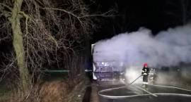 Pożar samochodu ciężarowego w miejscowości Obrąb
