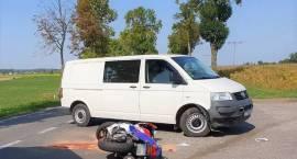 Wypadek motocykla z samochodem dostawczym w miejscowości Mchówko