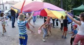 Nasz News: Festyn na zakończenie lata z MDK-em (ZDJĘCIA)