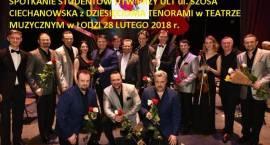 Spotkanie studentów UTW z Dziesięcioma Tenorami w Teatrze