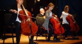Tylko na ePrzasnysz.pl: Koncert na Dzień Nauczyciela (ZDJĘCIA)