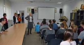 """MOPS: ŚDS uczestniczy w projekcie """"Tacy sami a ściana między nami"""""""