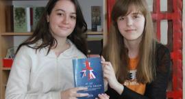 Niezwykłe osiągnięcia pisarskie w języku angielskim uczennic