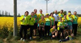 Wójt Gminy Jednorożec wraz z biegaczami odwiedza Nagoszewkę.