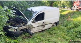 Wypadek ciężarówki z pojazdem osobowym w Czernicach Borowych [Aktualizacja]