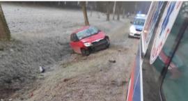 Wypadek osobówki w Zarębach