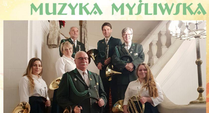 Leśnictwo i łowiectwo, Święta Hubertowska koncert Polskiej Europejskiej Muzyki Myśliwskiej Goręczynie - zdjęcie, fotografia