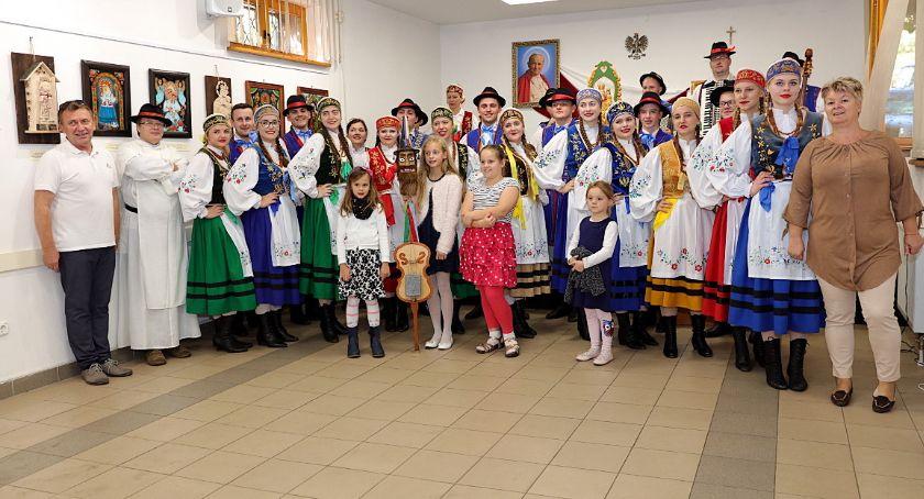 Kaszubszczyzna, Przodkowianie promowali kaszubską kulturę Węgrzech - zdjęcie, fotografia
