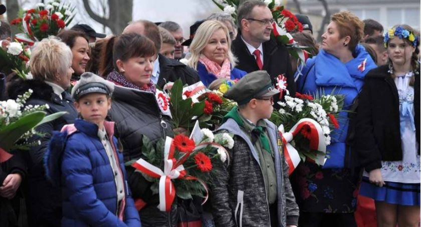 Uroczystości patriotyczne, Gdzie powiecie zaplanowano obchody Święta Niepodległości - zdjęcie, fotografia