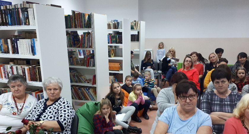 Szkoły podstawowe, Punkt biblioteczny Staniszewie otwarty! - zdjęcie, fotografia