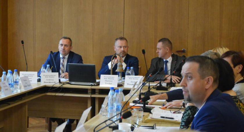 Wieści z samorządów, Porządek obrad sesji Miejskiej Kartuzach - zdjęcie, fotografia