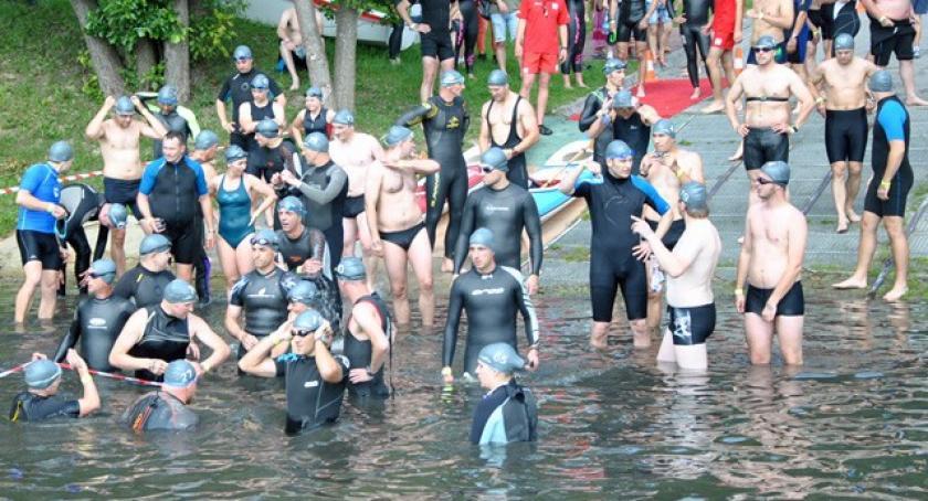 Triathlon, śmiałków starcie kartuskiego triathlonu - zdjęcie, fotografia