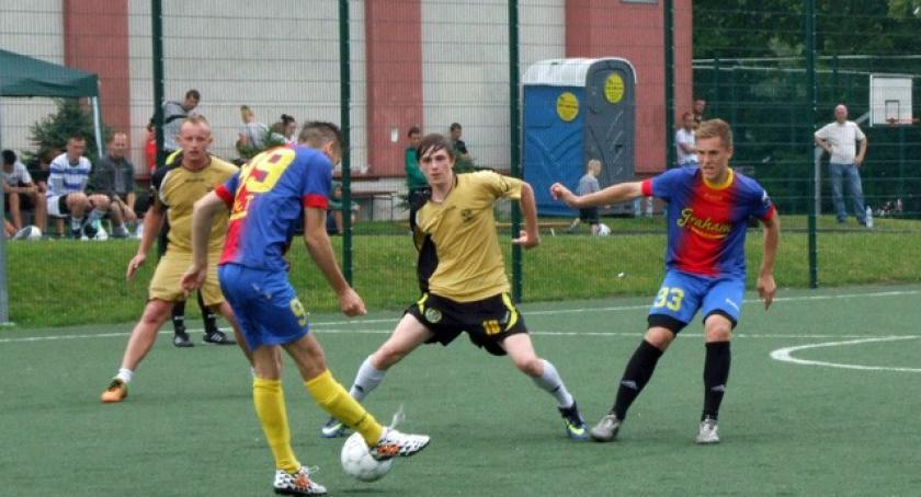 Piłka nożna, Piłka Nożna Puchar Burmistrza Kartuz Kartuzy - zdjęcie, fotografia