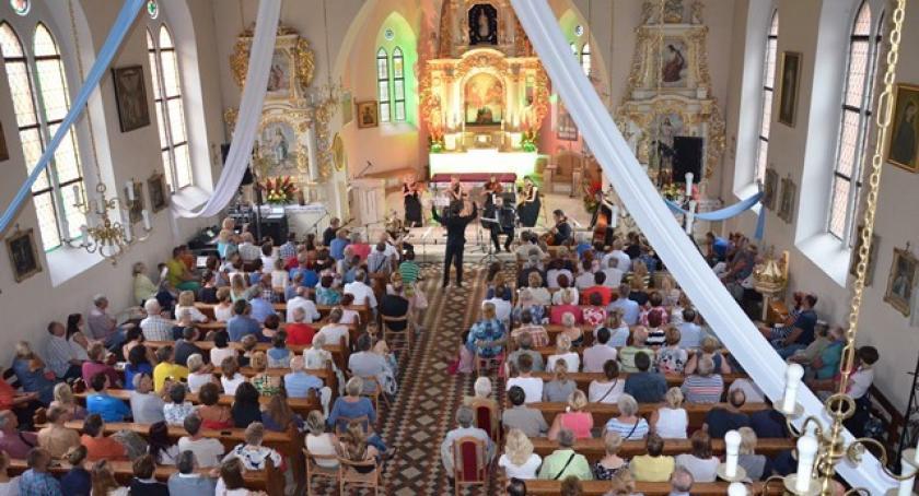Imprezy, Sulęczyno Festiwal akordeonowy zainaugurowany - zdjęcie, fotografia