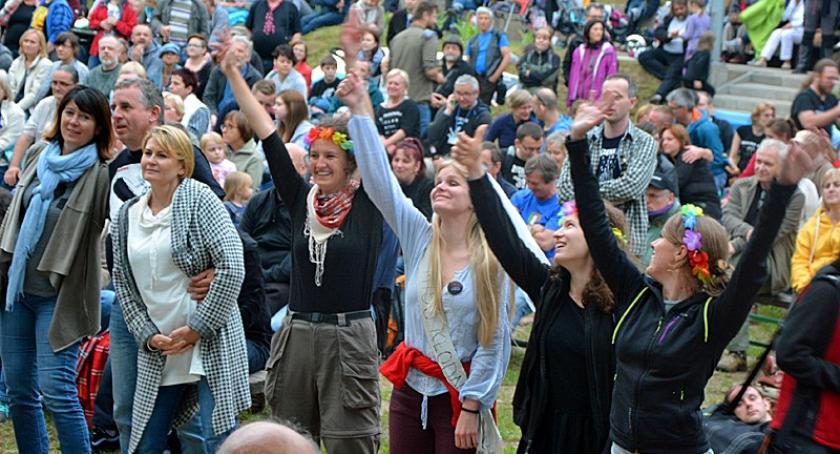 Imprezy, Bazuna czyli festiwal piosenki turystycznej Sulęczynie - zdjęcie, fotografia