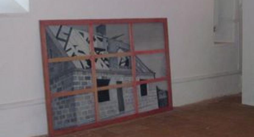 Literatura i sztuka, Wystawa obrazów twórcy rzeźby Ronda Kartuzów Galeria Refektarz zaprasza - zdjęcie, fotografia