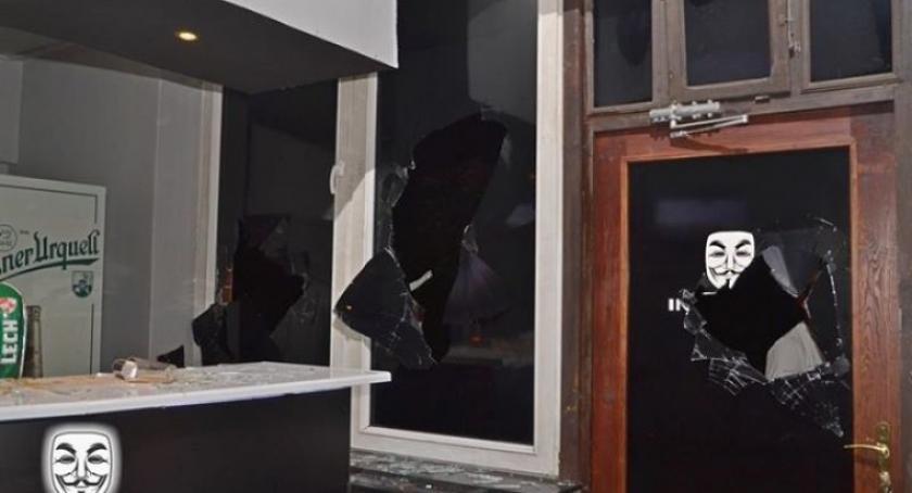 Kronika policyjna, Sierakowice Policja szuka świadków dewastacji lokalu Incognito - zdjęcie, fotografia