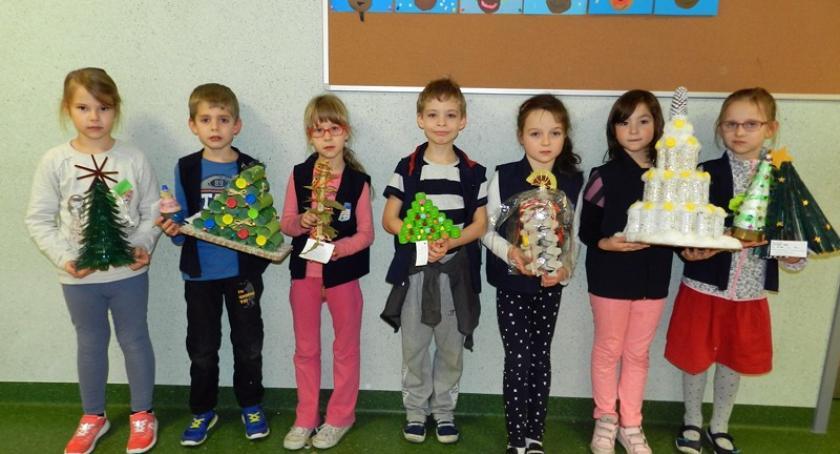 Szkoły podstawowe, Banino Kiermasz świąteczny elementami zabawy integracji - zdjęcie, fotografia