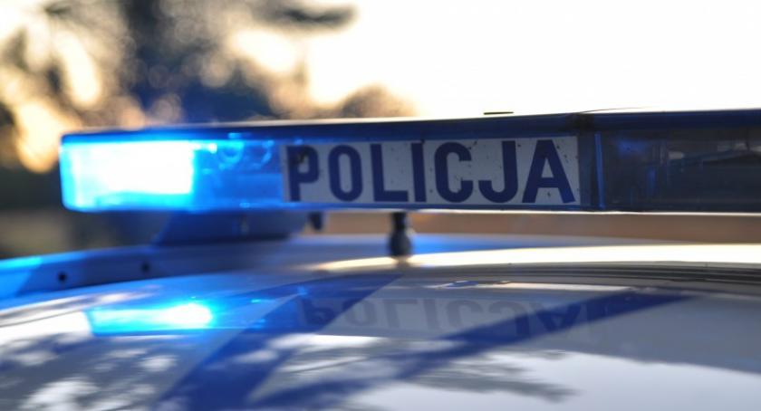 Kronika policyjna, Miał sobie amfetaminę widok radiowozu zaczął uciekać - zdjęcie, fotografia