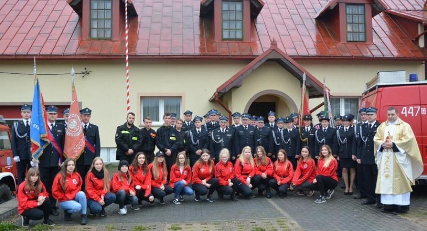 Straż pożarna, Sianowska Strażacy czterech jednostek uczcili święto swojego patrona - zdjęcie, fotografia