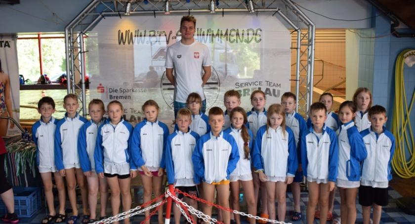 Pływanie, Sukcesy młodych pływaków Cartusii międzynarodowym mitingu Bremen - zdjęcie, fotografia