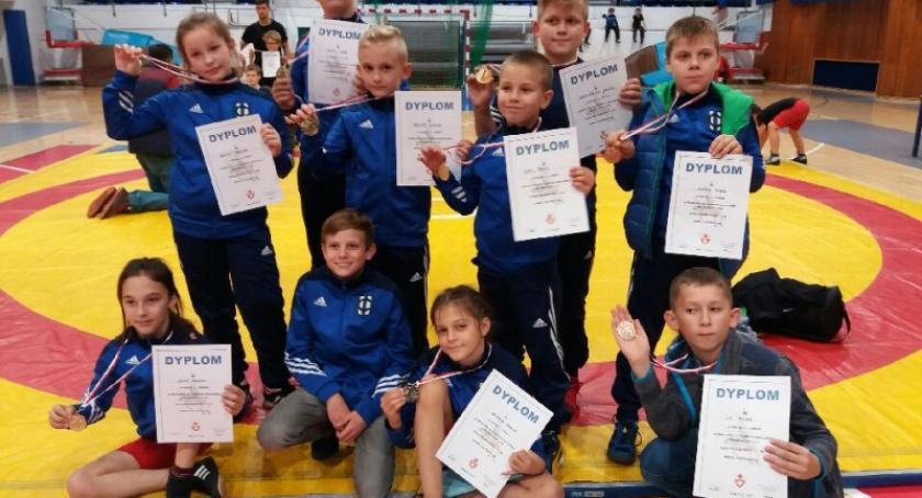 Sporty walki, Siedem złotych medali zapaśników Cartusii Elblągu - zdjęcie, fotografia